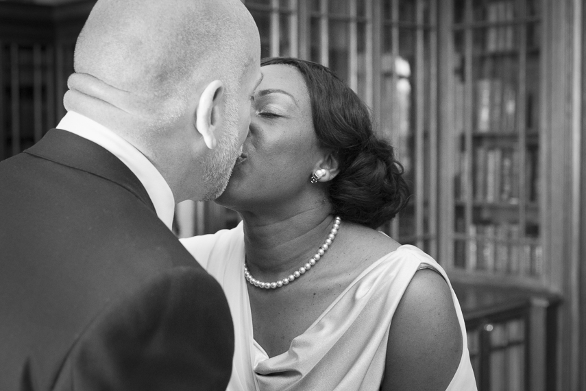 affordable wedding photographer Marriott Hotel County Hall London